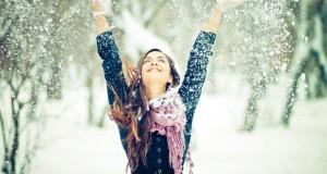 girl-happy-snow-Favim.com-341661-620x330